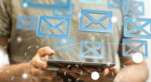 E-mail pour communiquer dans la société