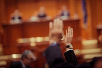 Exclusion de l'associé dans l'assemblée